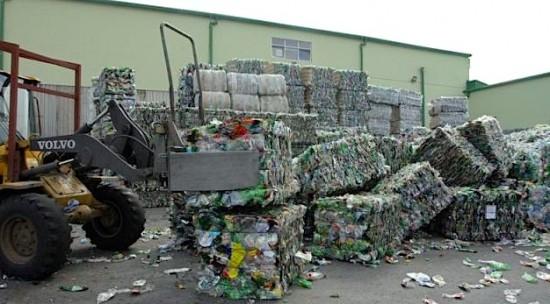 Provaljeno skladište PET ambalaže – ukrali dvije tisuće boca