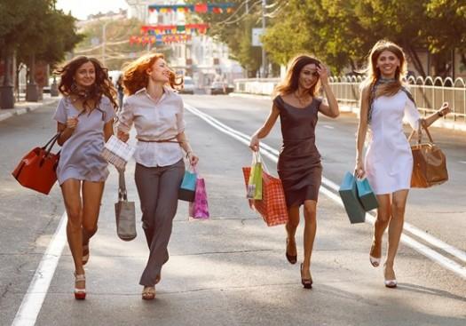 zene_ulica_shopping-vrecice