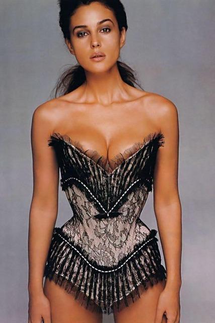 Celebrities-In-Sexy-Corset-7