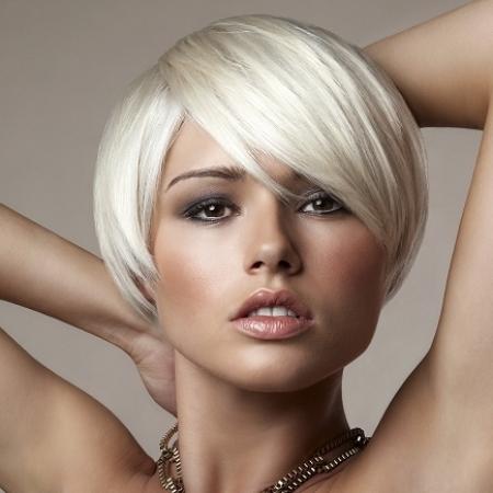 Platinum-blonde-hair-color