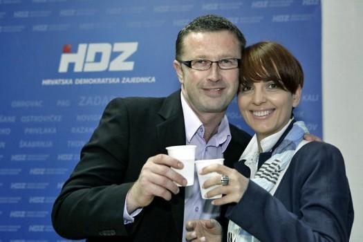 Dejan Golem u stožeru HDZ-a prilikom proslave pobjede na lokalnim izborima 2013. (foto: Znet.hr)
