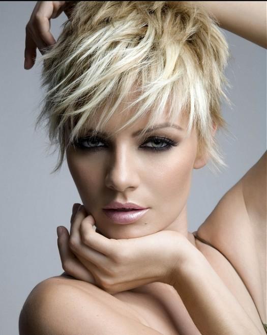 Royston Blythe-short-blonde-straight-hairstyles