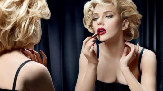 blondes women scarlett johansson mirrors actress short hair lipstick makeup fashion photography do_www.wallpaperfo.com_11