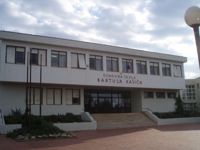 Os Bartula Kasica Zadar Primljena U Najprestizniji Moguci Projekt