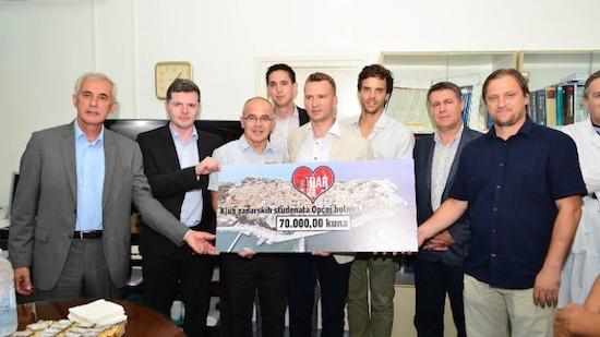 Klub zadarskih studenata Zagreb prikupio je 60.000 kuna za nabavku histeroskopa