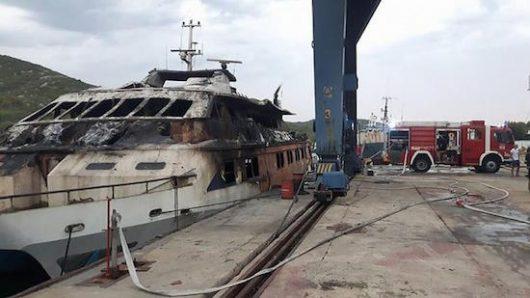 brod adriatic queen - pozar