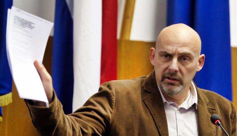 Pupić-Bakrač preklinje za milost Moralnu policiju Ministarstva poljoprivrede
