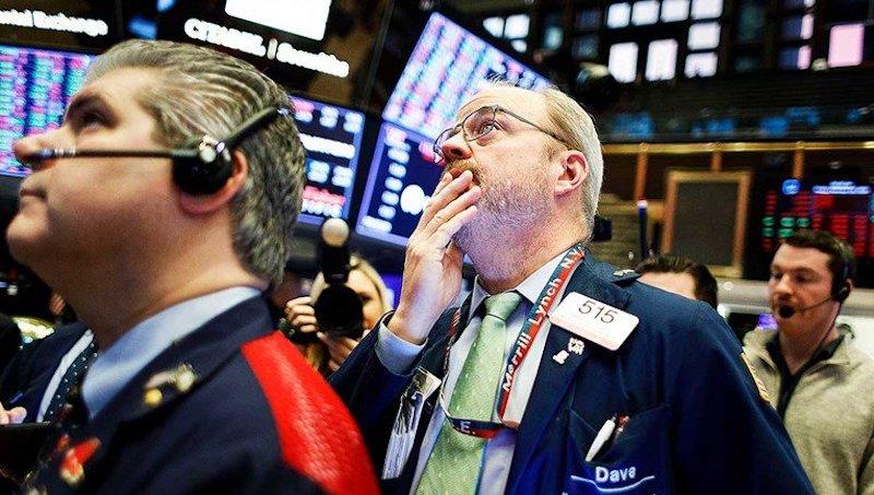 Svjetske burze oštro pale, splasnula nada u brzi oporavak gospodarstva