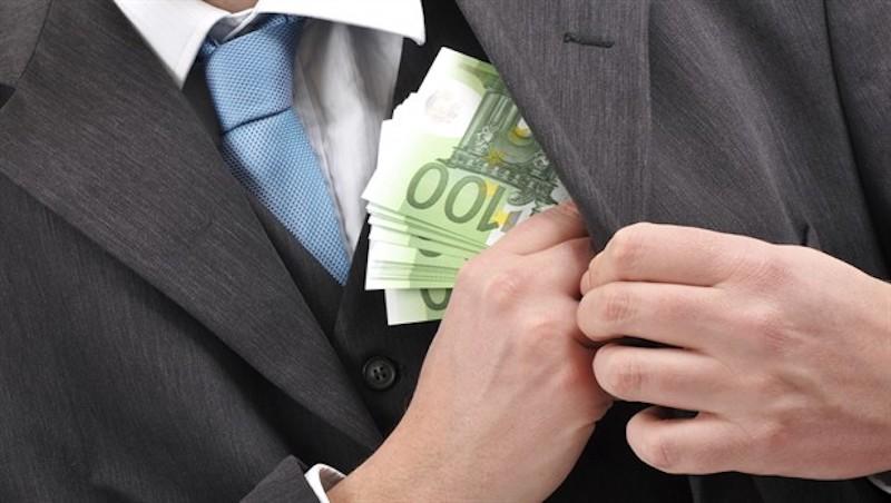 TOKSIČNA SPIRALA HRVATSKOG PROPADANJA Ove brojke govore sve o razmjerima korupcijske trodiobe i o tome kako je gospodarstvo postalo njezin rob!