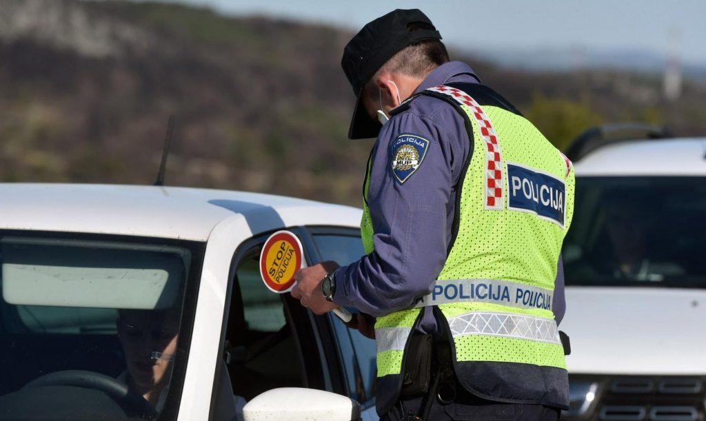 Policijski službenici izvršili nadzor nad 22 motorna vozila
